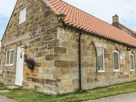 Foxhunter Cottage - Whitby & North Yorkshire - 986356 - thumbnail photo 13
