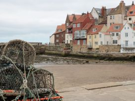 Apartment 6 - North Yorkshire (incl. Whitby) - 9865 - thumbnail photo 15