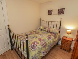 Apartment 6 - North Yorkshire (incl. Whitby) - 9865 - thumbnail photo 10