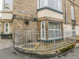 Apartment 6 - North Yorkshire (incl. Whitby) - 9865 - thumbnail photo 1