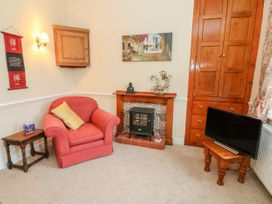 Waterfall Cottage - Yorkshire Dales - 986639 - thumbnail photo 4