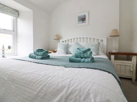 Pebble Cottage - Cornwall - 986672 - thumbnail photo 24