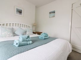 Pebble Cottage - Cornwall - 986672 - thumbnail photo 28