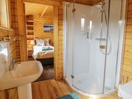 Manor Farm Lodges - Red Kite Lodge - Mid Wales - 986720 - thumbnail photo 20