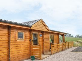 Manor Farm Lodges - Red Kite Lodge - Mid Wales - 986720 - thumbnail photo 2