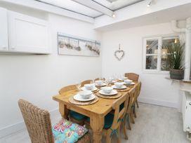 Waverley House - Anglesey - 987272 - thumbnail photo 9