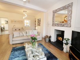 Waverley House - Anglesey - 987272 - thumbnail photo 3