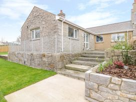 Pen Bryn - Anglesey - 987287 - thumbnail photo 1