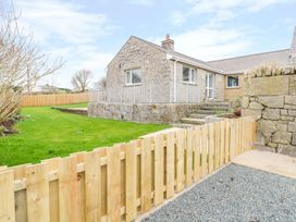 Pen Bryn - Anglesey - 987287 - thumbnail photo 2