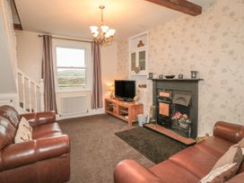Street House Farm Cottage - Whitby & North Yorkshire - 987392 - thumbnail photo 2