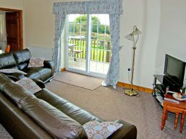 2 Black Horse Cottages - Anglesey - 9874 - thumbnail photo 2