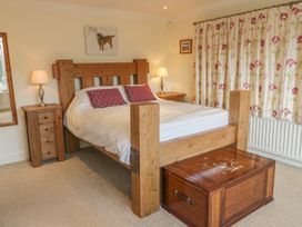 The Lodge - Whitby & North Yorkshire - 987634 - thumbnail photo 10