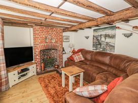 3 bedroom Cottage for rent in Pewsey
