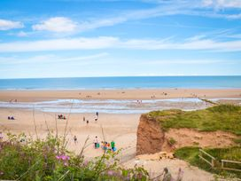 Sunny Crest - Whitby & North Yorkshire - 987902 - thumbnail photo 13