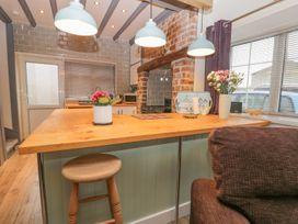 Ogle Cottage - Whitby & North Yorkshire - 987983 - thumbnail photo 3