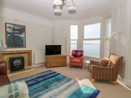 11 Marine Terrace - North Wales - 988083 - thumbnail photo 3