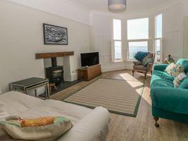 11 Marine Terrace - North Wales - 988083 - thumbnail photo 6