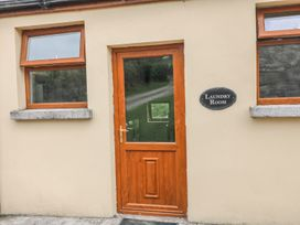 The Loft @ Minmore Mews - County Wicklow - 988329 - thumbnail photo 21
