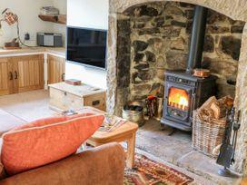 Foxglove - Yorkshire Dales - 988359 - thumbnail photo 5