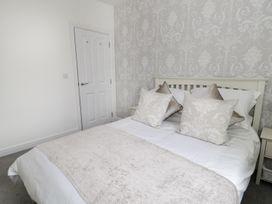 Flat 3 Avon Villa - Somerset & Wiltshire - 988476 - thumbnail photo 15