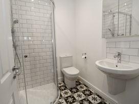 Flat 3 Avon Villa - Somerset & Wiltshire - 988476 - thumbnail photo 17