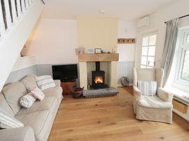 Flamingo Cottage - Whitby & North Yorkshire - 988574 - thumbnail photo 2
