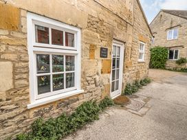 Mad Molly's Cottage - Cotswolds - 988596 - thumbnail photo 1