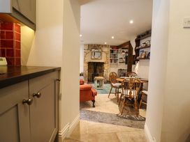 Mad Molly's Cottage - Cotswolds - 988596 - thumbnail photo 13