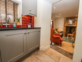 Mad Molly's Cottage - Cotswolds - 988596 - thumbnail photo 15