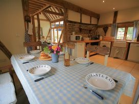 Whites Farm Barn - Herefordshire - 988599 - thumbnail photo 6