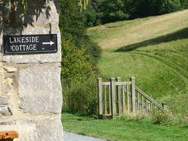 Lakeside Cottage - Cotswolds - 988603 - thumbnail photo 27
