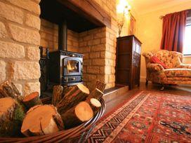 Lakeside Cottage - Cotswolds - 988603 - thumbnail photo 13