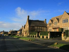 Bay House Cottage - Cotswolds - 988610 - thumbnail photo 26