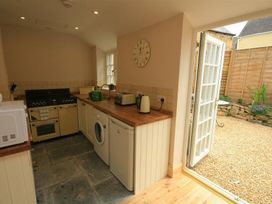 Bay House Cottage - Cotswolds - 988610 - thumbnail photo 8