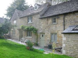 3 bedroom Cottage for rent in Burford
