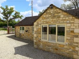 Kite Barn - Cotswolds - 988636 - thumbnail photo 3