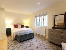 The Rectory - Cotswolds - 988641 - thumbnail photo 10