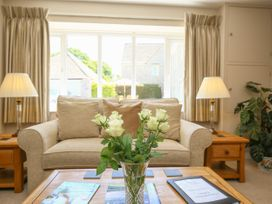 Courtyard Cottage - Cotswolds - 988659 - thumbnail photo 5