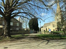 Sunnyside Cottage - Cotswolds - 988662 - thumbnail photo 32