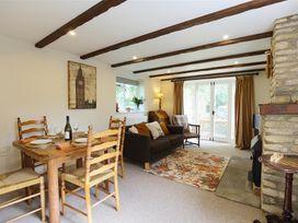 Anvil Cottage - Cotswolds - 988675 - thumbnail photo 7