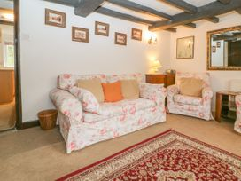 Newbury Cottage - Cotswolds - 988698 - thumbnail photo 4