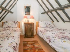 Newbury Cottage - Cotswolds - 988698 - thumbnail photo 14