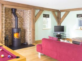 Spinney Falls House - Cotswolds - 988700 - thumbnail photo 3