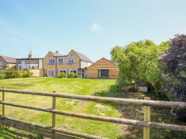 Fairview Cottage - Cotswolds - 988704 - thumbnail photo 40