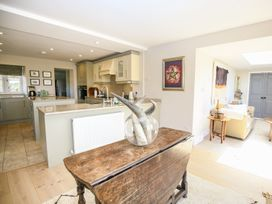 Fairview Cottage - Cotswolds - 988704 - thumbnail photo 14