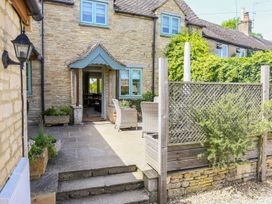 Fairview Cottage - Cotswolds - 988704 - thumbnail photo 2