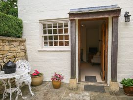 Kettle Cottage - Cotswolds - 988721 - thumbnail photo 2
