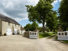 The Coach House, Swinbrook - Cotswolds - 988724 - thumbnail photo 2