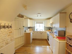 The Coach House, Swinbrook - Cotswolds - 988724 - thumbnail photo 13