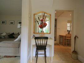 The Lodge - Cotswolds - 988736 - thumbnail photo 3